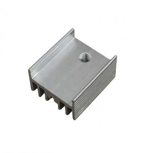 Радиатор алюминиевый ребристый 15х10х17 мм